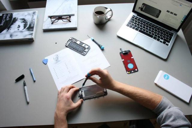 لتعلم إصلاح وصيانة الهواتف الذكية بكافة انواعها